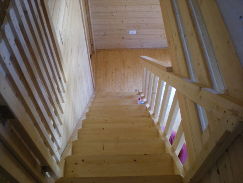104-m2-HB004A-Stairs