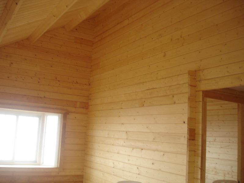 43-HB0901-42m-living-room2